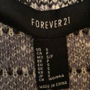 Forever 21 Sweaters - Forever 21 grey, black,and white pattern cardigan